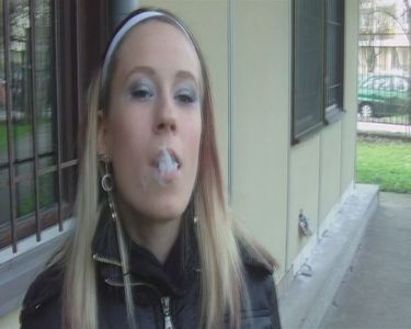Simona loves to smoke cigarettes